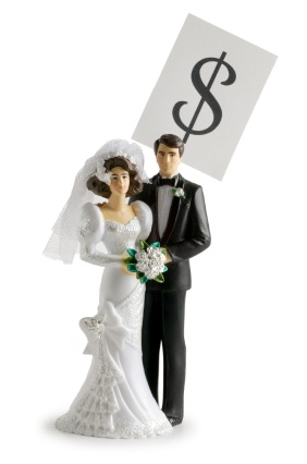 Wedding_Couple_Money
