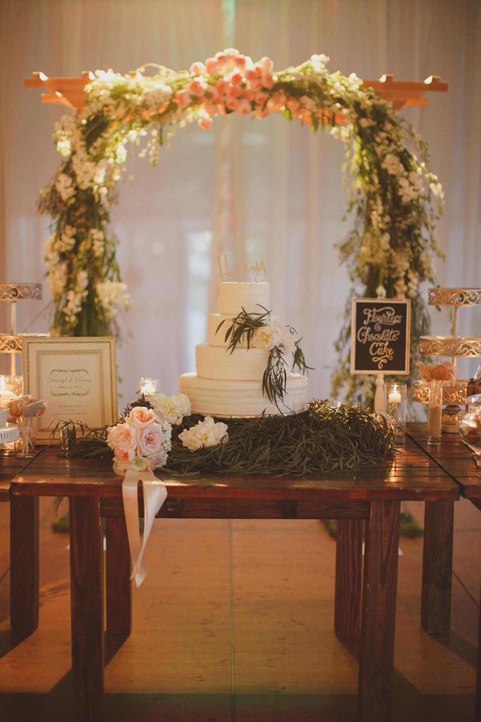 gorgeous white and green wedding cake