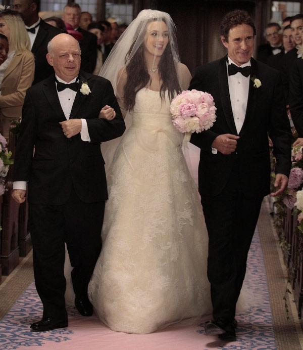 011012_gossip_girl_wedding_pics_10120110160345