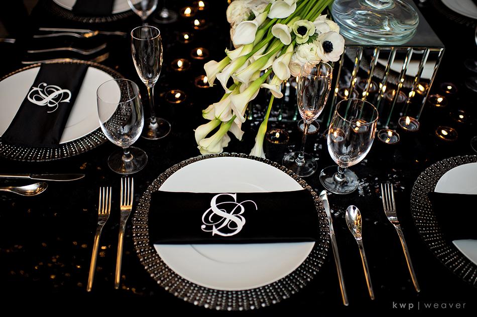 monogramed wedding napkins